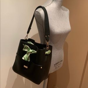 Kathy Ireland Bucket Bag